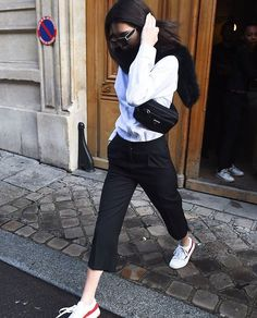Kendall Jenner out and about in Paris (28 February, 2017)