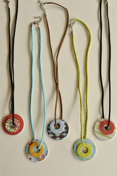 Washers, Scrapbook Paper & Diamond Glaze (or Mod Podge Dimensional Magic?) Turned into Necklaces!