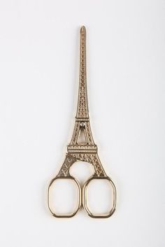 eiffel tower scissors - how cute are these? Ohh, Alex, I know how much you love paris.