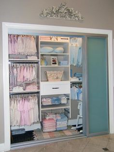 This is a great idea for organizing the baby's closet