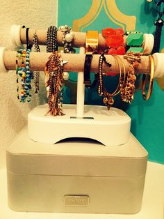 Overcoming Closet Shame #newlyorganized #jewelry
