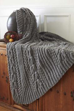 Bernat® Harvest Home Horseshoe Cable Blanket #harvesthome #knit #pattern