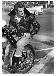 James Dean motorcycle... Triumph of course!