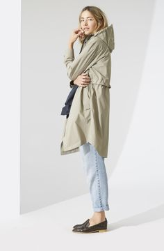 There might be a heatwave on the west coast but the east is making it rain… Raincoats For Women, Jackets For Women, North Face Rain Jacket, Apparel Design, Minimalist Fashion, Autumn Fashion, West Coast, My Style, Collection