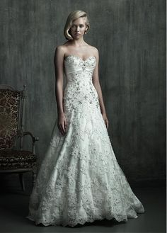 ELEGANT ALL-OVER LACE A-LINE SWEETHEART NECKLINE NATURAL WAISTLINE WEDDING DRESS IVORY WHITE LACE BRIDAL GOWN