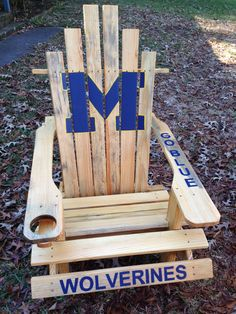 Just need to have a clemson one to match our corn hole boards. Michigan Gear, Michigan Go Blue, Michigan Crafts, U Of M Football, Michigan Wolverines Football, Football Things, Adirondack Furniture, Adirondack Chairs, Got Wood