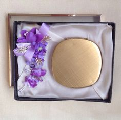Vintage powder compact unused Mascot compact handbag mirror compact in box gold tone compact 1950's compact 1960's gift for her by DaynartVintage on Etsy