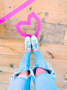 Preppy Summer Outfits, Cute Outfits, Preppy Inspiration, High School Outfits, Rich Girl, Cute Photos, Pink Aesthetic, Me Too Shoes, Diy