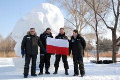 Co prawdta, to nie zima w Gliwicach, ale Gliwiczanie w zimie ;-) Zespół Snow Art Poland, którego liderem jest gliwiczanin Tomasz Koclęga, zdobył nagrodę The Best Creativity Award w Międzynarodowym Konkursie Rzeźby w Śniegu w chińskim mieście Harbin.