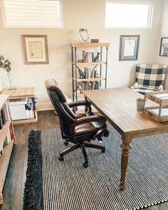 Modern Farmhouse Office — Home With Joanie Farmhouse Office, Farmhouse Rugs, Modern Farmhouse, Home Office Furniture, Home Office Decor, Office Ideas, Kirkland Home Decor, Guest Room Office, Workspace Design