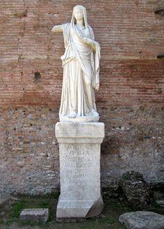 Flavia Publicia, a chief Vestal Virgin, Roman statue (marble), 3rd century AD, (Foro Romano, Rome).