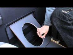 SpaceCamper- Klapptoilette in der Seitentür - YouTube