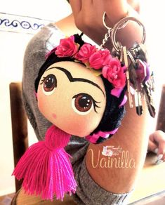 Felt Crafts, Diy And Crafts, Arts And Crafts, Felt Dolls, Doll Toys, Mexican Crafts, Mexican Party, Diy Keychain, Cold Porcelain