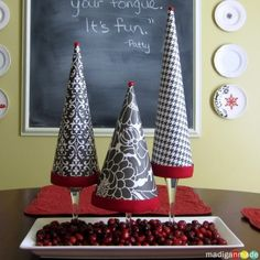 Dollar store crafts make glitter trees christmas pinterest dollar store crafts make glitter trees christmas pinterest pound shop crafts pound shops and simple christmas crafts solutioingenieria Gallery