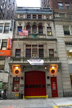 E065 FDNY #Firehouse Engine 65, Times Square ... by jag9889 - ❤911※Firefighter❤