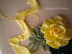 Flor cinta amarilla (WEB) - Mary N - Álbumes web de Picasa