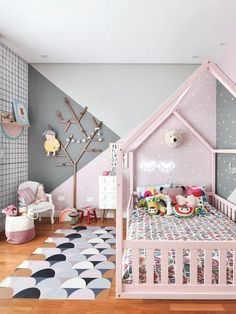 33 Adorable Nursery Room Ideas For Girl Little girls room. 33 Adorable Nursery Room Ideas For Baby Girl Baby Bedroom, Baby Room Decor, Nursery Room, Bedroom Decor, Nursery Ideas, Girl Nursery, Bedroom Girls, Bedroom Fun, Room Baby