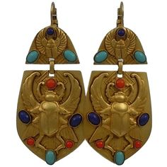 Pre-owned Askew London 'egyptian Revival' Winged Scarab Doorknocker... ($595) ❤ liked on Polyvore featuring jewelry, earrings, accessories, none, evening earrings, egyptian jewellery, wing earrings, evening jewelry and cocktail jewelry