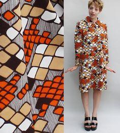 70s vintage polyester dress / Abstract geometric pattern / Orange White Brown - Medium / Large
