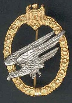 WW2 German Fallschirmjager Badge      -   WW2 German Medal