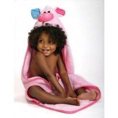 Pinky the piglet towel! All baby sized towels are bound around all the edges and the hood is lined with soft jersey for comfort. Ideal for newborn to 18 months. Baby Giveaways, Baby Piglets, Hooded Bath Towels, Baby Towel, Stroller Blanket, Childrens Gifts, Kids Bath, Baby Online, Baby Size