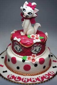 Children birthday cakes, birthday party in London, see more children cakes in London http://www.pinkcakeland.co.uk