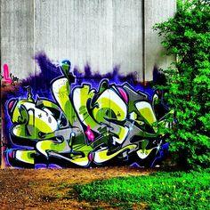 #basel #switzerland #streetarteverywhere #graffiti #streetart #shez #bridgegallery #underthebridge #loerrach