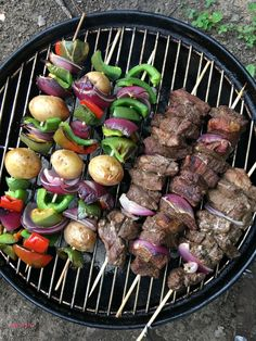 These beef kabobs on the grill marinade recipe is our favorite camping recipe. These beef kabobs on the grill marinade recipe is our favorite camping recipe. Chicken Shish Kabobs Marinade, Best Grilled Chicken Marinade, Beef Kabob Marinade, Pork Kabobs, Grilled Chicken Kabobs, Greek Chicken Kabobs, Chicken Kabob Recipes, Veggie Kabobs, Kebab Recipes