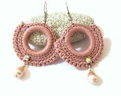 Earrings Lace Handmade off Handmade Resin Earrings in Diamond Jewellery Exchange off Earring Organizer Box Diy other Jewelry Outlet Stores Near Me Crochet Keychain Pattern, Crochet Earrings Pattern, Bead Crochet, Crochet Patterns, Diy Crochet, Earrings Handmade, Handmade Jewelry, Organizer Box, Earring Tutorial