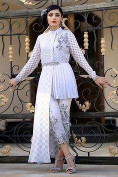 New Arrival Dress Misty Sky Designer Kurtis, Designer Party Wear Dresses, Kurti Designs Party Wear, New Kurti Designs, Stylish Kurtis Design, Stylish Dress Designs, Designs For Dresses, Party Wear Indian Dresses, Indian Fashion Dresses