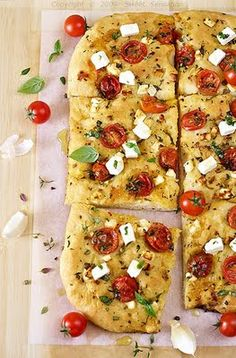 tomato and mozzarella foccacia bread