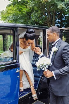 Real bride Raku wearing the Rachel wedding dress from the Wallis in Love Collection.