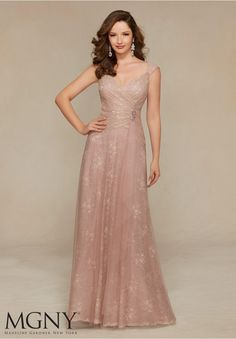71318 Evening Gowns / Dresses Chantilly Lace and Tulle with Beaded Appliqué