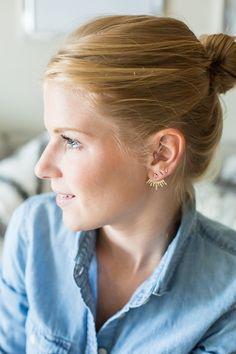 love the different earrings.   source: http://apieceoftoastblog.com/2014/08/12/baublebar-x-pantene/