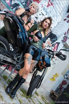 #Latex#Punk#Girls Latex, Bike, Clothes For Women, Leather Outfits, Punk Girls, Funny, Style, Fashion, Bicycle