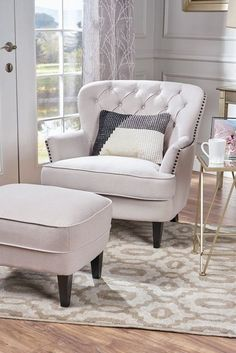 38 Best Comfy Chairs For Living Rooms 2020 - Most Comfortable Chairs for Reading Comfortable Chairs For Bedroom, Comfy Bedroom Chair, Comfy Reading Chair, Cozy Chair, Reading Chairs, Chairs For Bedrooms, Cuddle Chair, Living Room Seating, Cozy Living Rooms