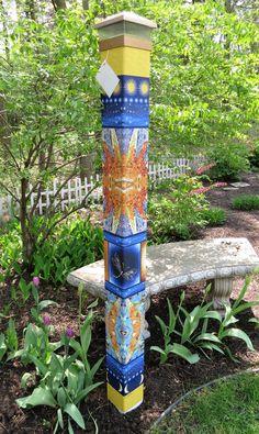 Our stunning Star Gazing garden peace art pole features a mosaic star patter. Mosaic Garden Art, Mosaic Diy, Mosaic Ideas, Solar Light Crafts, Solar Lights, Solar Led, Outdoor Art, Outdoor Gardens, Outdoor Ideas