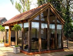 cool shed/summerhouse/escape from the world