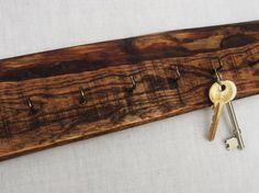 Reclaimed Wood Rustic Key Rack Wall Hanging Key by RegalosRusticos