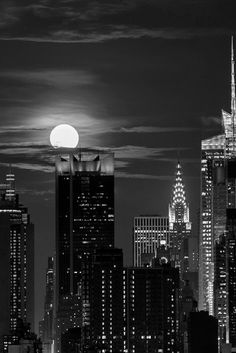 New York at night   by newyorkblackwhite