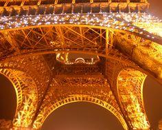 La Tour scintillante   Flickr - Photo Sharing!