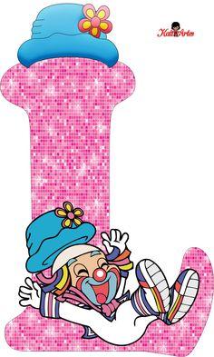 EUGENIA - KATIA ARTES - BLOG DE LETRAS PERSONALIZADAS E ALGUMAS COISINHAS: Alfabeto Patati e Patata Rosa Summer Camp Games, Clown Party, Stencil Printing, School Frame, Send In The Clowns, Clowning Around, Family Games, Letters And Numbers, Peace And Love
