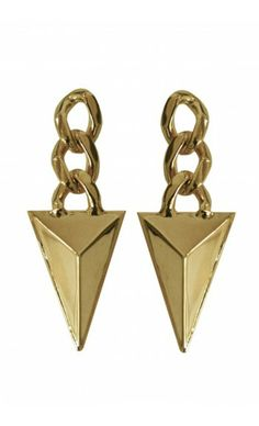 Shop Chained Pyramid Earrings by TOM TOM Jewelry on http://www.mybeautifuldressing.com/en/4064-chained-pyramid-.html