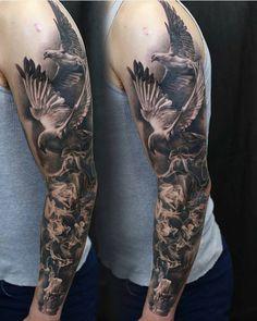 """8,988 kedvelés, 50 hozzászólás – Tattoo Realistic (@tattoorealistic) Instagram-hozzászólása: """"Amazing piece by @sivak_ from Ukraine."""""""