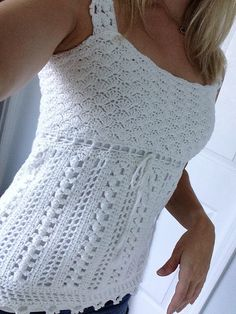 Quick Crochet Top Pattern Free pattern lacy crocheted sleeveless top Source: website quick easy crochet summer tops patterns Source: w. T-shirt Au Crochet, Pull Crochet, Gilet Crochet, Mode Crochet, Crochet Woman, Crotchet, Crochet Stitches, Crochet Vests, Crochet Angels