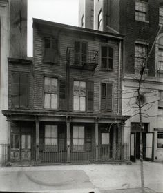 Cathedral Parkway (West 110 Street) 1930s, Berenice Abbott.