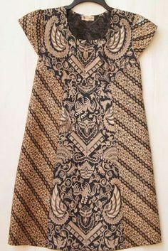 Dress batik lawasan - simple but also cute and elegant Blouse Batik, Batik Dress, Blouse Dress, Batik Fashion, Ethnic Fashion, African Fashion, Mode Batik, Batik Kebaya, Batik Pattern