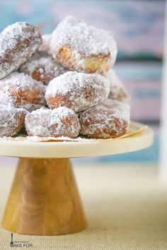 Served warm and with a heavy dusting of powdered sugar, these New Orleans-inspired beignets are the perfect treat with a cafe au lait. Now you might think that New Orleans is not ideal for a family v Donut Recipes, Dessert Recipes, Cooking Recipes, Desserts, Cajun Cooking, Cooking Tips, Cake Recipes, No Sugar Foods, Beignets