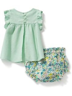 All About Baby Highchairs Baby Girl Frocks, Frocks For Girls, Little Girl Outfits, Little Girl Fashion, Little Girl Dresses, Kids Outfits, Kids Fashion, Baby Girl Dress Design, Girls Frock Design