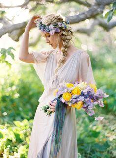 coiffures de mariée, coiffure mariage, coiffure bohème  http://lamarieeencolere.com/post/37318313837/coiffure-mariee#